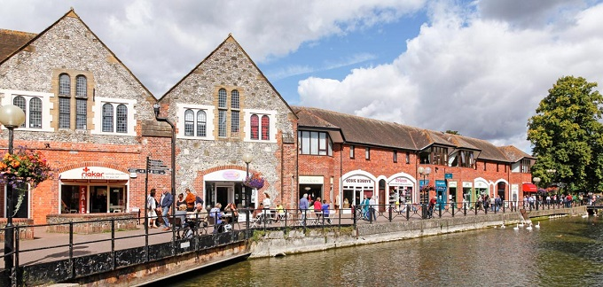 Property actively managing retail_UK property PAIF_Jan 2020 _The Maltings Salisbury