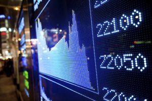 Global equities: Avoid short-term market 'noise'