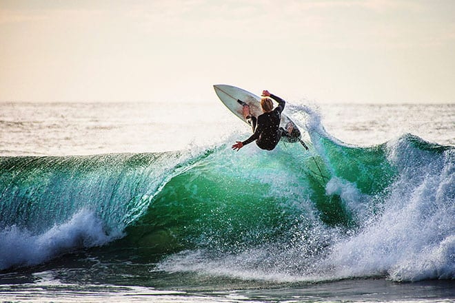 Ne luttez pas contre la vague de la hausse des taux, surfez dessus