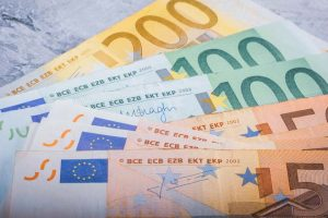 Purchasing power: technical support for euro investment grade